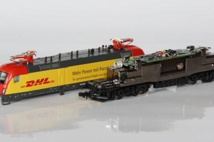 BR 182 von Hobbytrain mit eingebautem Digitaldekoder