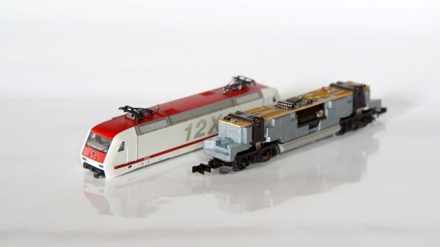 Gehäuse abgenommen - BR 128 fertig umgebaut