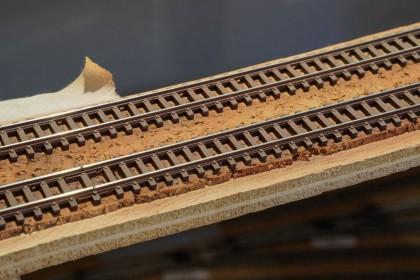 Alter Gleisaufbau bei N-Modellbahn.de auf der Doppelstrecke