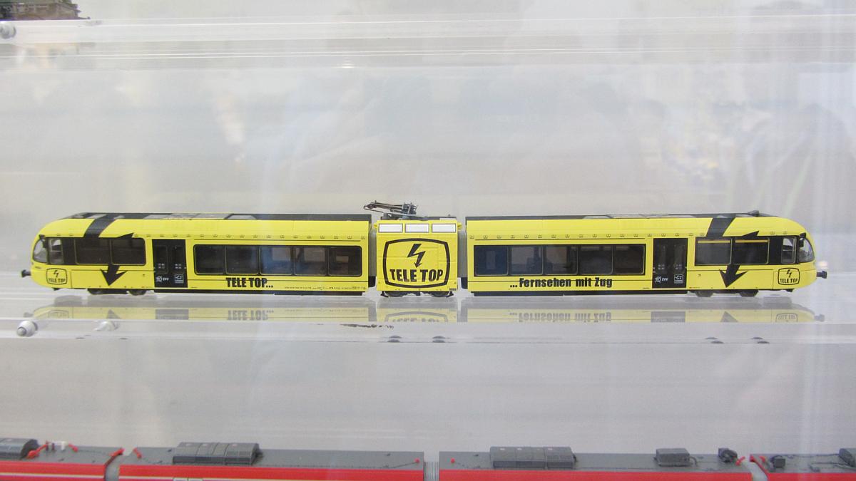 """Piko N Elektrotriebwagen GTW 2/6 """"Stadler"""""""