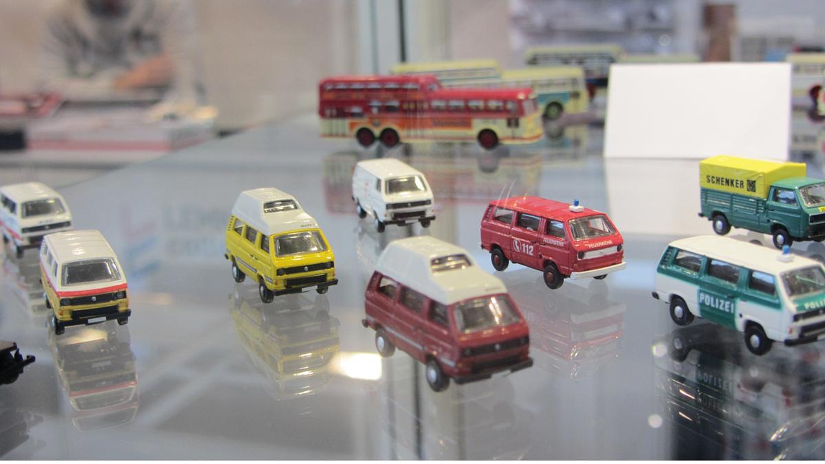 VW T2 Modelle von MINI für Spur N