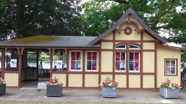 Nachbau Bahnhofs der Brienzer Rothornbahn im Maßstab 1:2