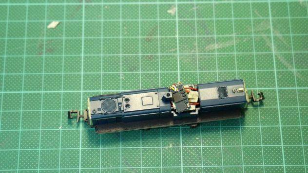 BR 290 mit fertig montiertem D&H Decoder